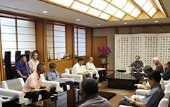 沖縄県知事訪問